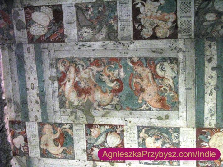 Ajanta-malowidla-na-scianach-jaskin