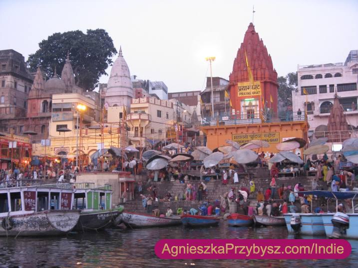 Ganges-Varanasi-rano-Indie