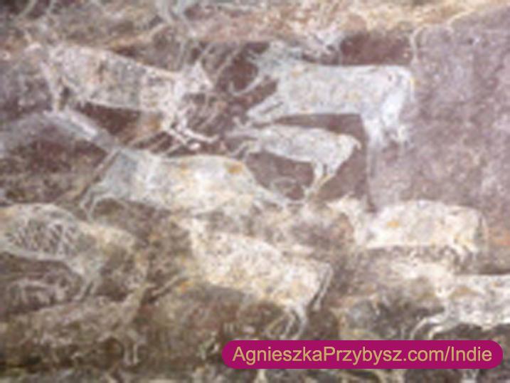 Indie-Jaskinie-Bhimbetka-malowidla-UNESCO