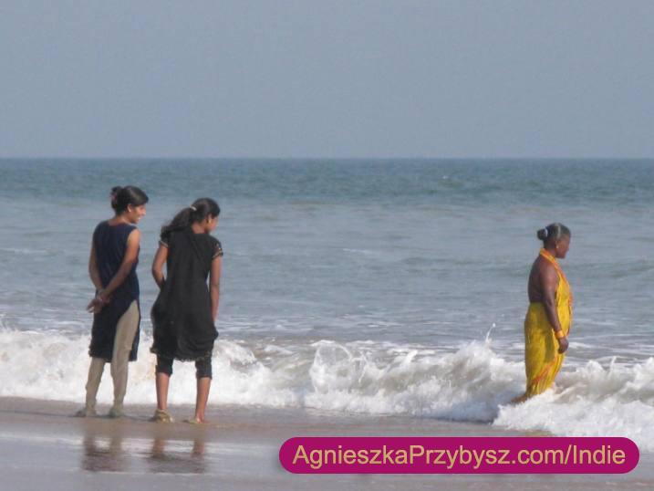 Puri-kompiel-w-sari