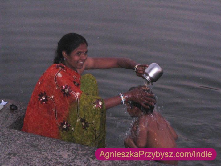 Ujjain-rzeka-Kszipra-Indie