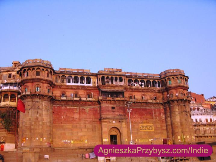 Varanasi-palac-maharadzy-Indie